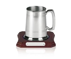 Traditional Pewter Tankard with Recessed Wooden Base without Glass Bottom